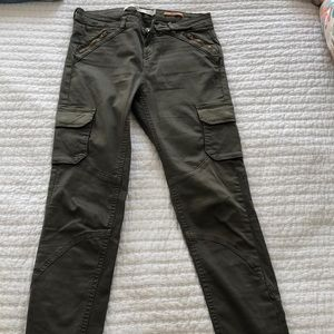 Stylish olive Zara trf cargo pants